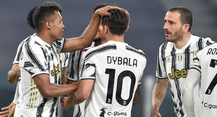 Serie A: Inter pareggia ma va a +10 sul Milan, vince la Juve