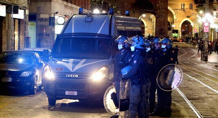 Covid: ieri 1.500 sanzionati da forze ordine, in aumento