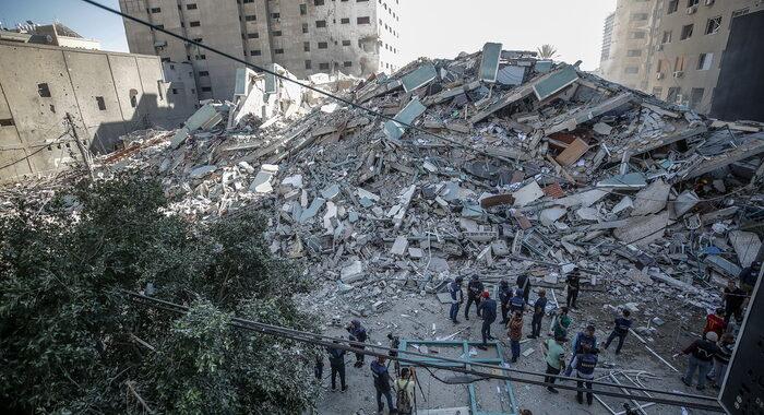 Gaza: primo colloquio tra Biden e Abu Mazen