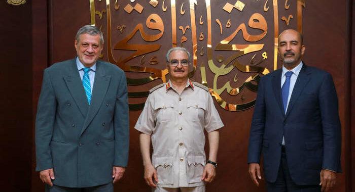 Libia: inviato dell'Onu Kubis dal generale Haftar