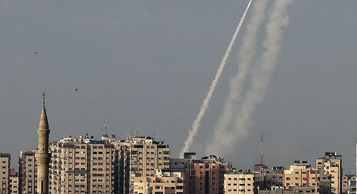 Raid israeliano su Gaza. Hamas, '9 morti, anche 3 bambini'
