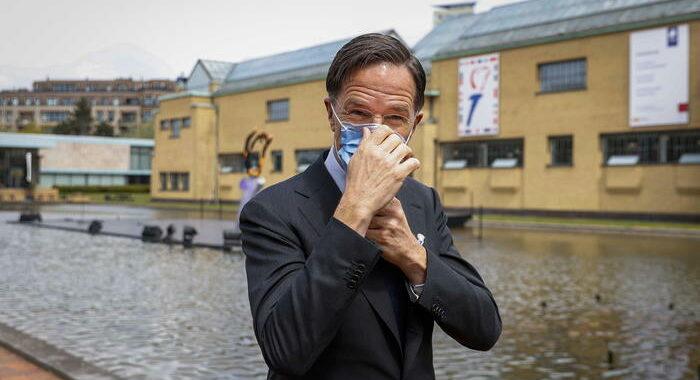 Rutte, Draghi su Sure? Per Olanda è una misura una tantum