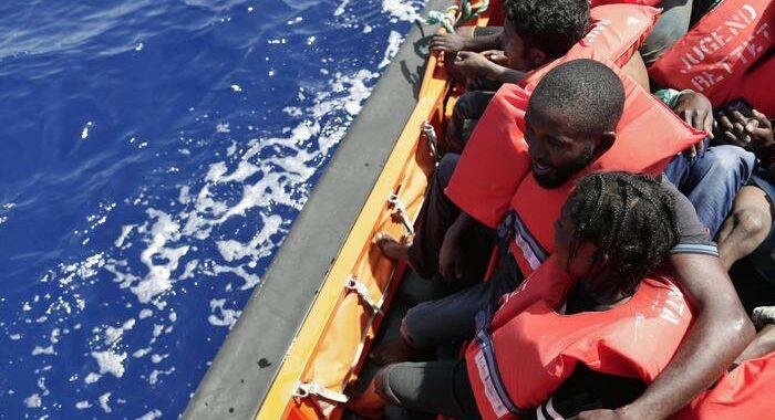 Unhcr, 23 migranti dispersi in un naufragio in Libia