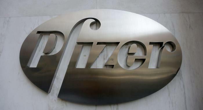 Usa, ok ad esportazioni vaccini Pfizer prodotti in America
