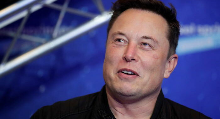Borsa: Musk twitta 'Baby Shark' e l'azionista fa il botto
