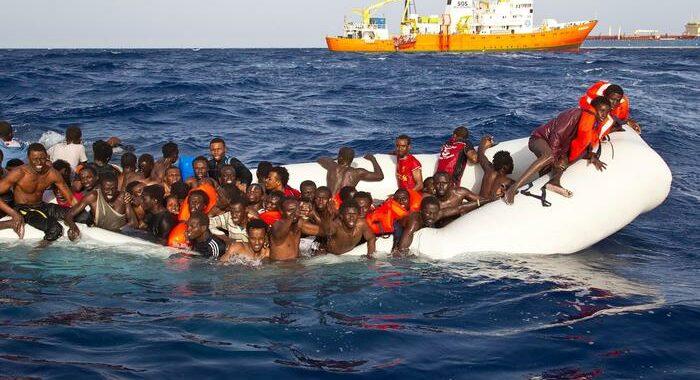 Ue, lettera Med5 per sbloccare stallo su Agenzia asilo
