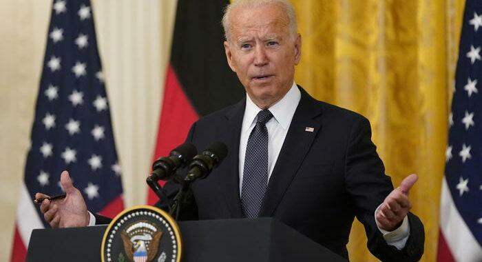 Biden accusa la Cina, protegge gli hacker