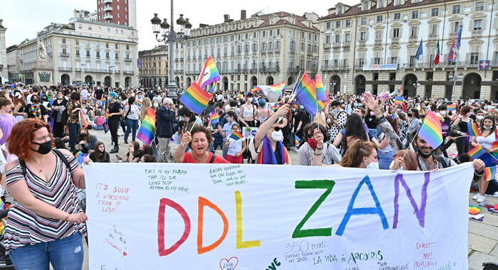 Ddl Zan: Zan, mediazione Lega non accettabile,toglie umanità