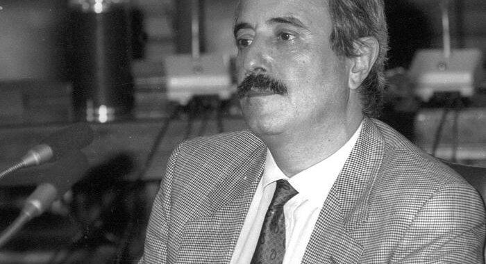 Mafia: Falcone su delitto Mattarella, voluto da Cosa nostra