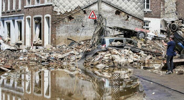 Maltempo: almeno 31 morti in Belgio, 163 i dispersi
