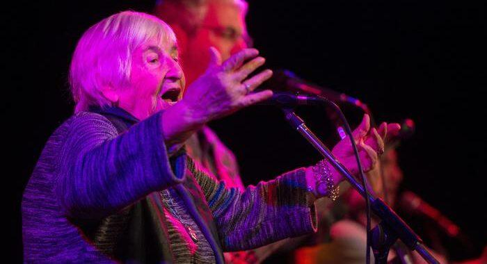 Morta Esther Bejarano, la musica la salvò ad Auschwitz