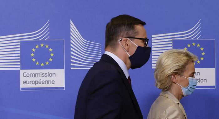 Polonia: il premier, inaccettabile trattamento dell'Ue