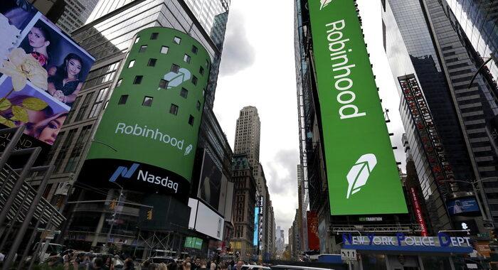 Robinhood sbarca a Wall Street, ma esordio in calo