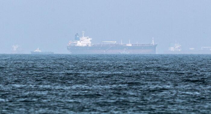 Nuovo caso nel Golfo Persico, dirottata una petroliera
