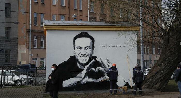 Apple ha rimosso l'app Navalny dopo 'minacce di arresti'