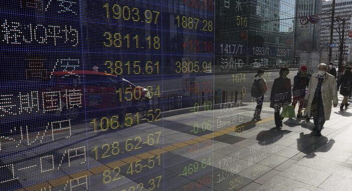 Borsa: Tokyo, apertura in lieve rialzo (+0,34%)
