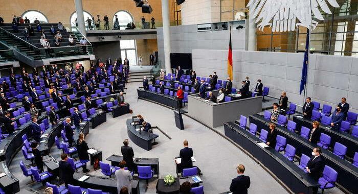 Elezioni Germania, procura indaga su attacchi hacker russi