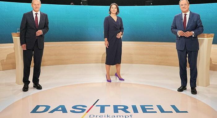 Germania: Laschet non esclude ruolo junior in alleanza Spd