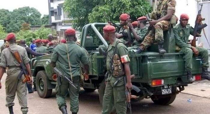Guinea: golpisti annunciano coprifuoco in tutto il Paese