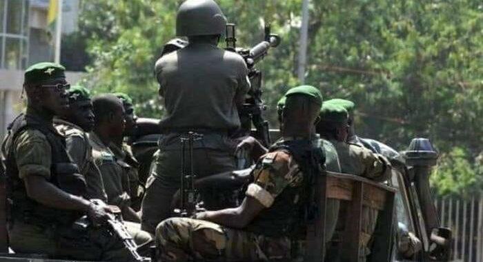 Guinea: nazionale di calcio del Marocco bloccata in hotel