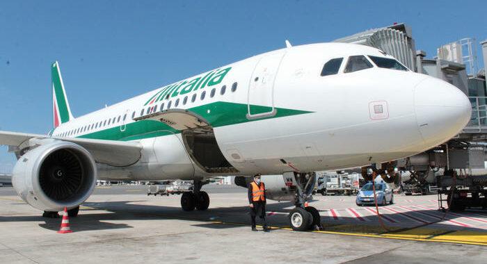 Ministero 'salva' continuità territoriale aerei Sardegna