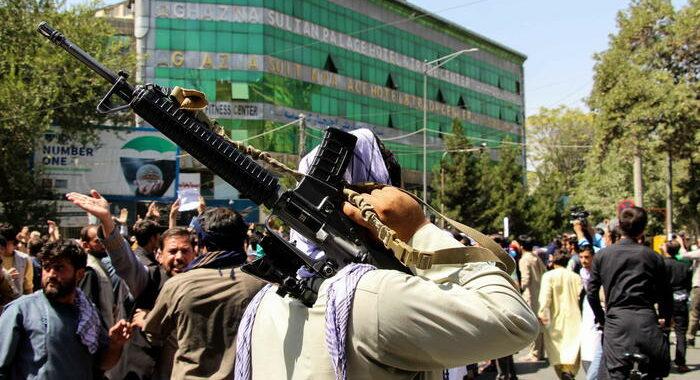 Onu,4 dimostranti uccisi dai Talebani dalla presa del potere