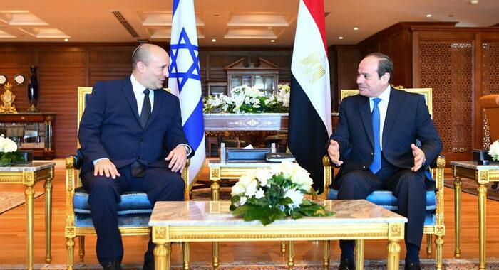 Sisi a Bennett, l'Egitto appoggia ogni sforzo di pace
