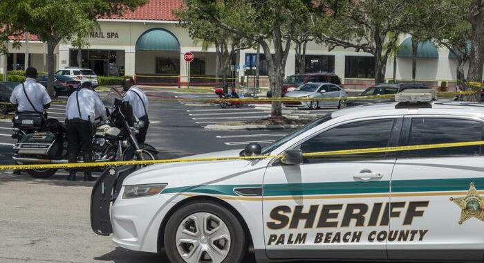 Usa: sparatoria in Florida, 'survivalista' uccide 4 persone